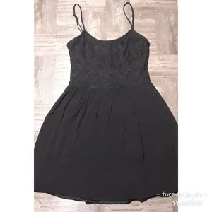 Pins and needles strapless lbd